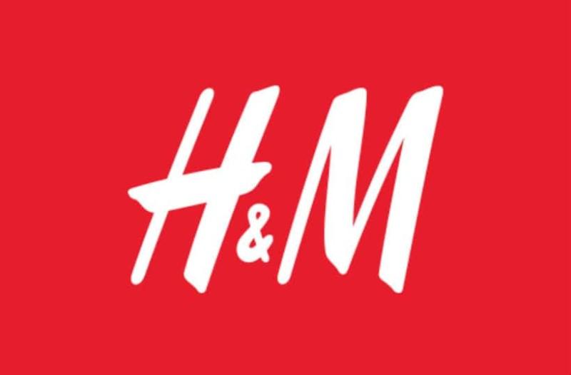 H&M: Το πάμφθηνο φόρεμα που ταιριάζει σε κάθε σωματότυπο!