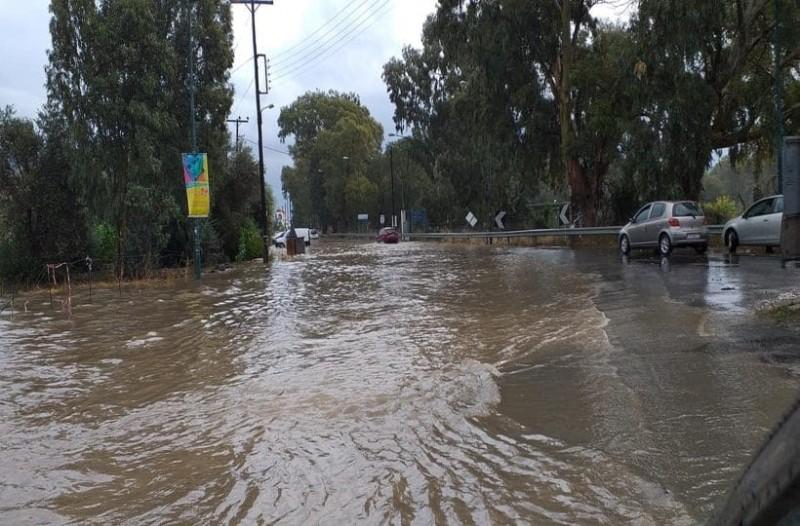 Πλημμύρισε όλη η Κρήτη από την κακοκαιρία
