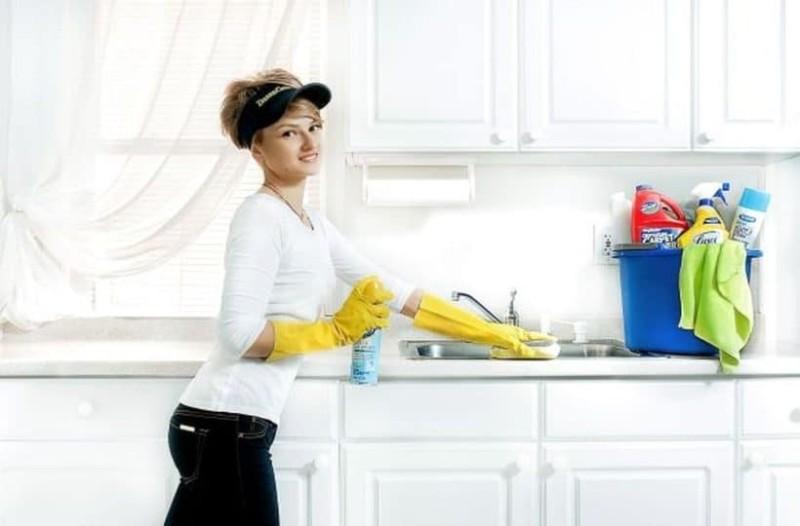 Αν θέλετε να καθαρίσετε σωστά το σπίτι σας... πρέπει να έχετε λίστα!