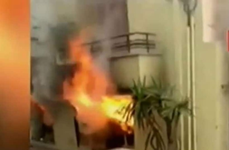 Κυψέλη: Βίντεο ντοκουμέντο από την σοκαριστική διάσωση στη φωτιά!