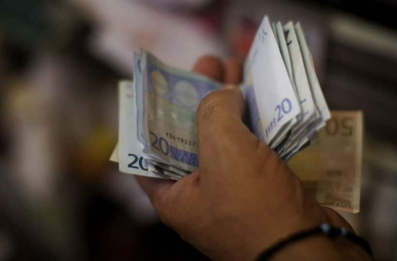 Κοινωνικό μέρισμα: 2.100 ευρώ αυτές τις οικογένειες!