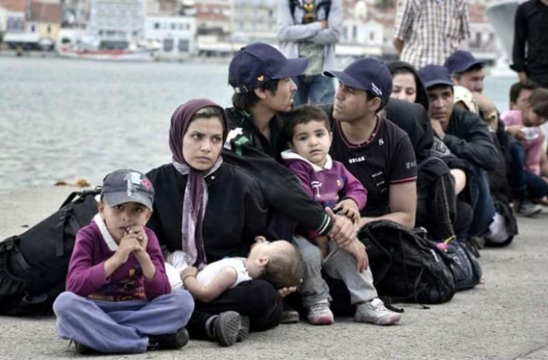 347 ακόμη μετανάστες και πρόσφυγες στο λιμάνι του Πειραιά!
