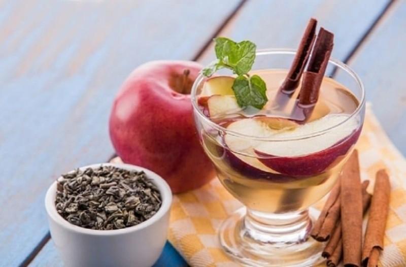 Νερό κανέλας με μήλο και λεμόνι: Αυτή είναι η καλύτερη λύση για αδυνάτισμα (photo)