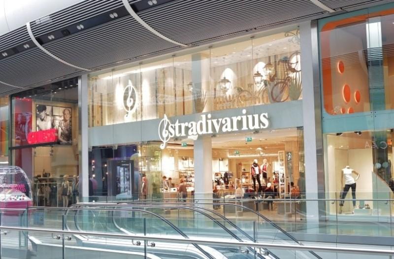 Stradivarius: To διαχρονικό biker τζάκετ που θα φοράς παντού κοστίζει μόνο 15 ευρώ!