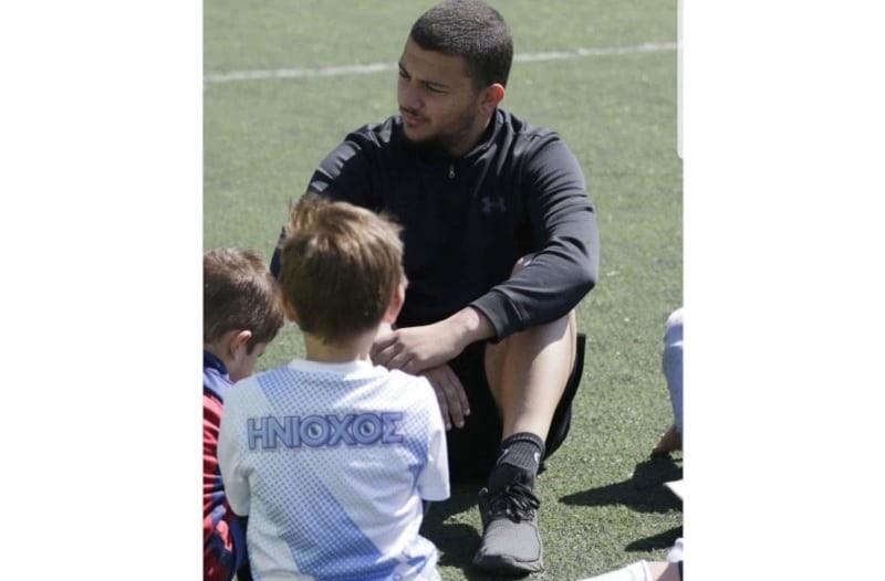 Ο προπονητής παίδων στην ΠΑΕ Απόλλων Σμύρνης και ΠΑΕ Ηνίοχος, Αντώνης Κοκώνης, μας λύνει όλες τις απορίες για το παιδικό ποδόσφαιρο.