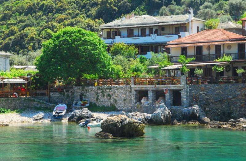Αυτό είναι το πανέμορφο νησί που δεν χρειάζεσαι πάνω από 10 ευρώ την ημέρα για τις διακοπές σου!