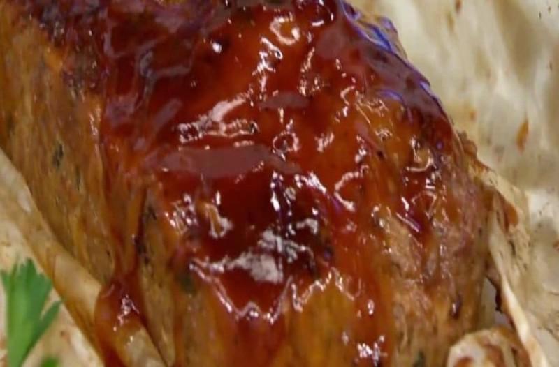 Aφράτο ρολό με αυγό και σάλτσα BBQ (Video)