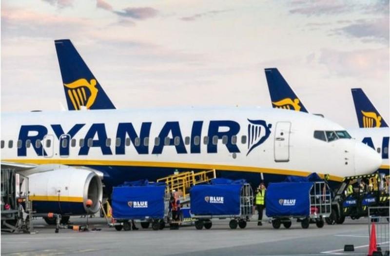 Ryanair Χριστούγεννα: Σε στέλνει σε πανέμορφη πρωτεύουσα της Ευρώπης ούτε με... 10 ευρώ!