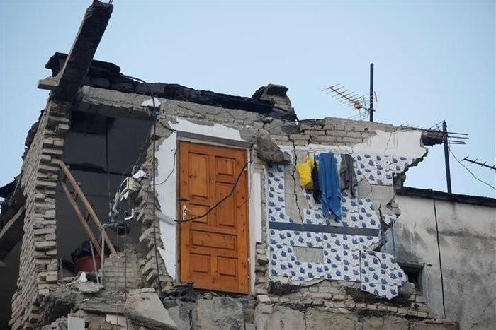 Καταστροφές από τον σεισμό Αλβανία