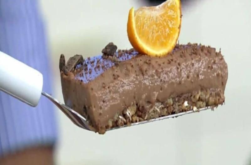 Σοκολατόπιτα με άρωμα μανταρινιού! (Video)
