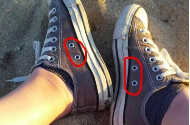 Μάθαμε σε τι χρησιμεύουν οι τρύπες στα πάνινα αθλητικά παπούτσια! Δεν πάει το μυαλό σας!