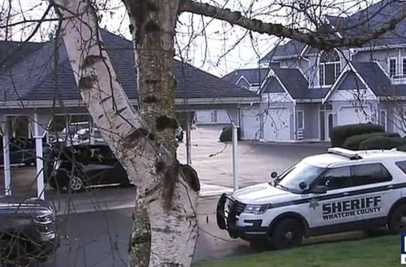 Φρίκη! Άνδρας σκότωσε την γυναίκα του, τα κατοικίδιά τους και το ανέβασε στα κοινωνικά δίκτυα! (photo)