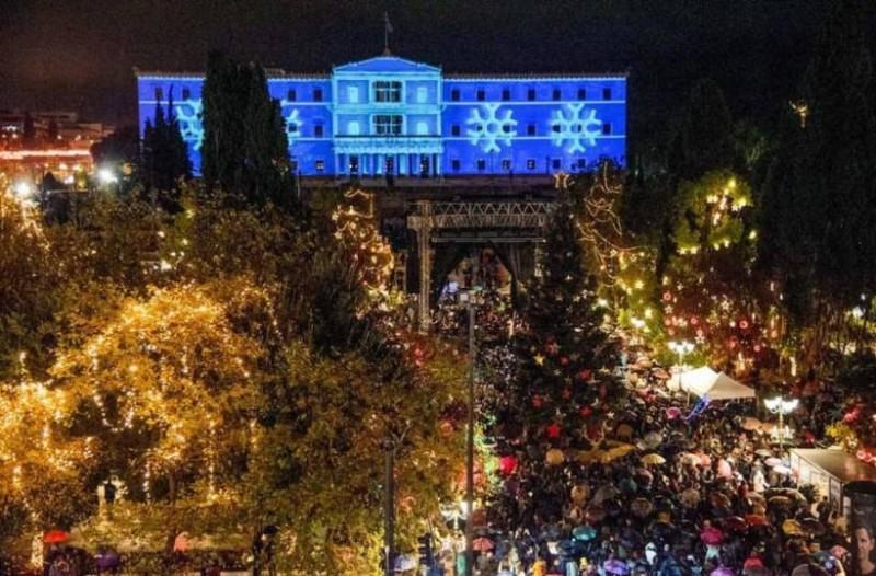 Η φωτογραφία της Ημέρας: Η Αθήνα φόρεσε τα γιορτινά της! Καλά Χριστούγεννα