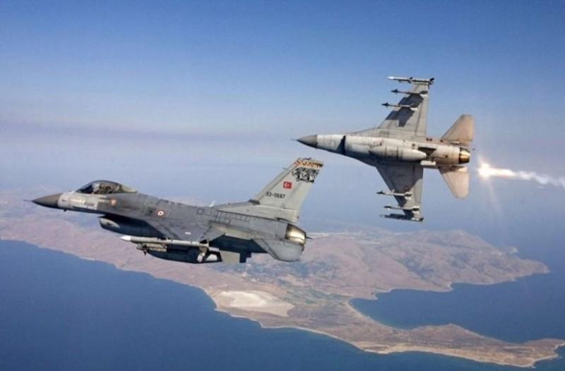 Συναγερμός στο Αιγαίο: Τουρκικά μαχητικά πάνω από Παναγιά και Οινούσσες!