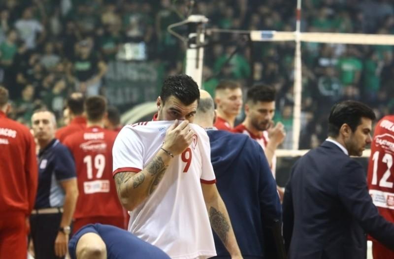 Παναθηναϊκός-Ολυμπιακός: Διακοπή αγώνα λόγω δακρυγόνων!