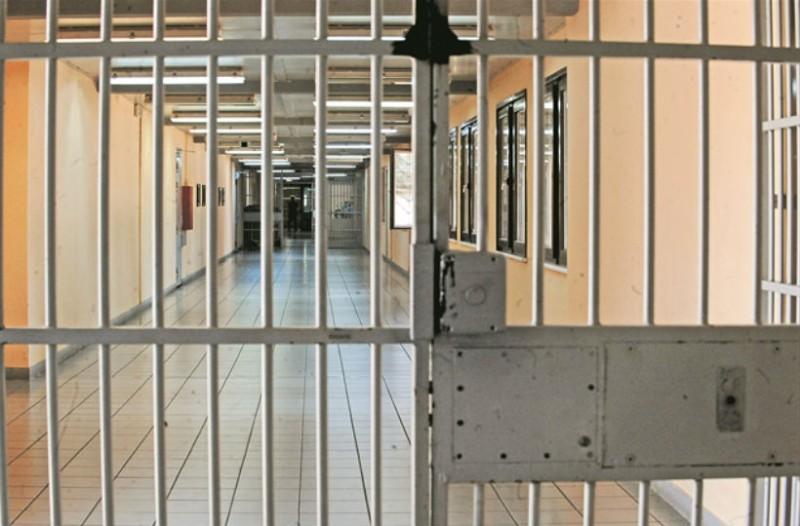 Τραγωδία: Τρεις νεκροί από πυρκαγιά σε φυλακή!