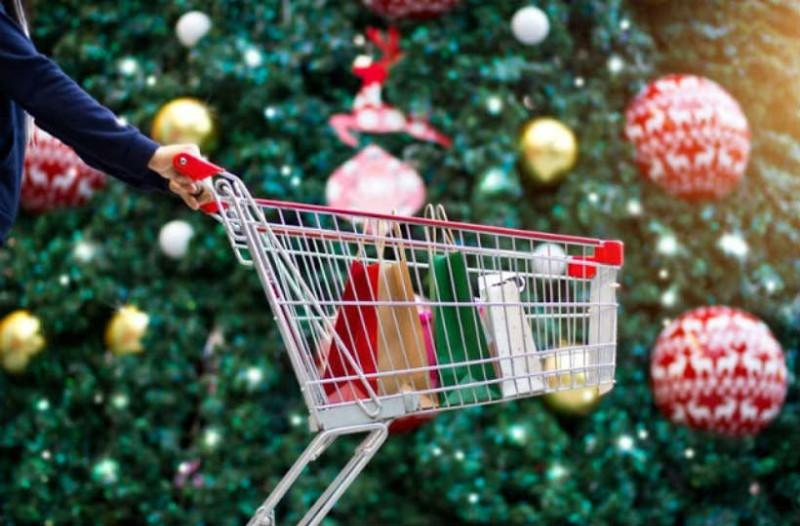 Εορταστικό ωράριο: Μέχρι ποια ώρα θα λειτουργούν τα μαγαζιά σήμερα;