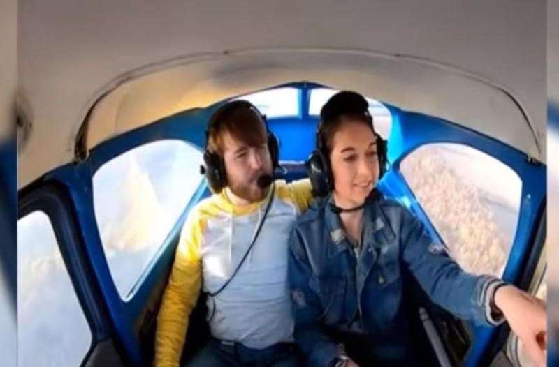 Viral έγινε η πρόταση γάμου στα 5.000 πόδια! (Video)
