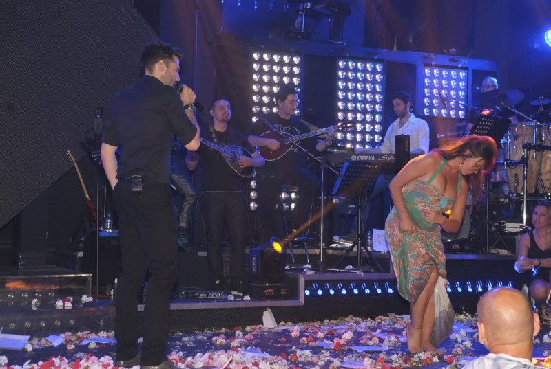 ζεϊμπέκικο  Βάνα Μπάρμπα χορός