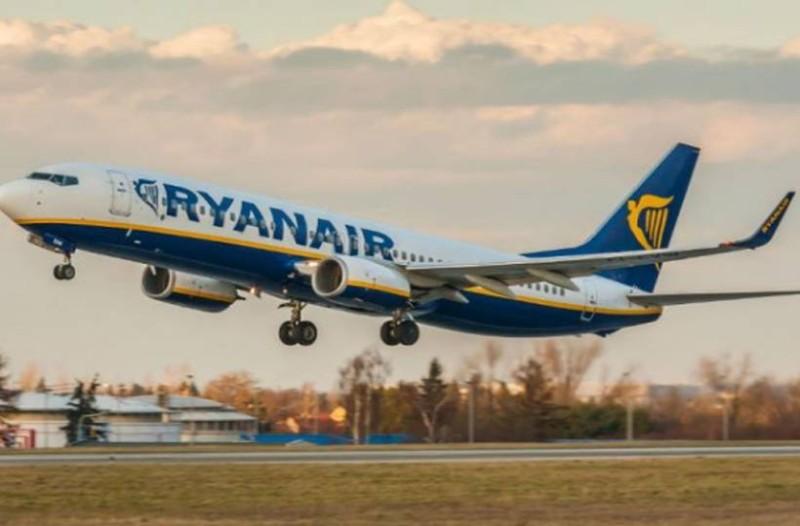 Τρελάθηκε η Ryanair: Προσφορά με 20% έκπτωση για τα εισιτήριά σας!