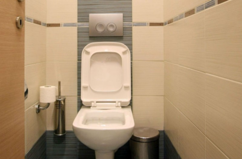 Αυτό το μπάνιο ξενοδοχείου είναι λίγο διαφορετικό! Μπαίνεις μέσα και μετά...