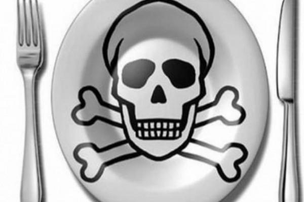 Τρώμε θάνατο: Αυτά είναι τα 10 τρόφιμα που μας... σκοτώνουν!