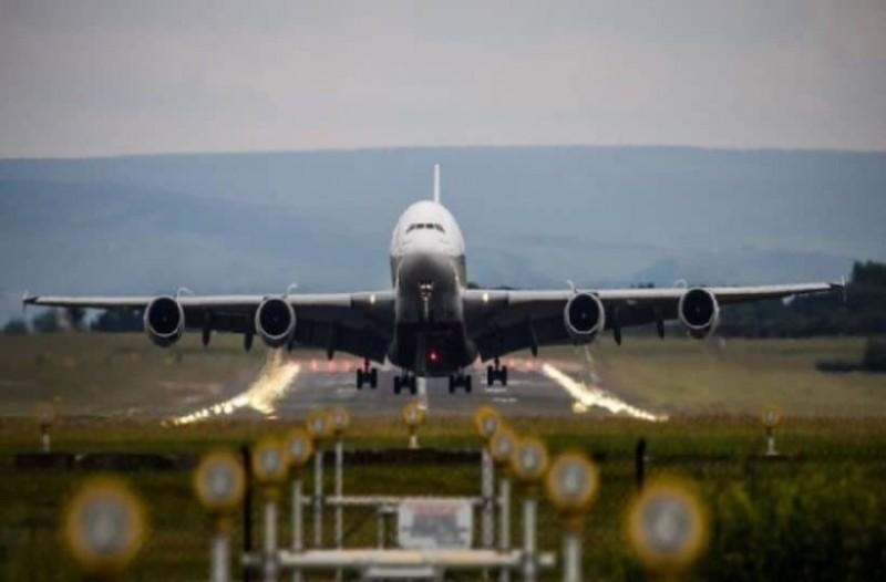 Αναγκαστική προσγείωση αεροπλάνου στο αεροδρόμιο Μακεδονία!