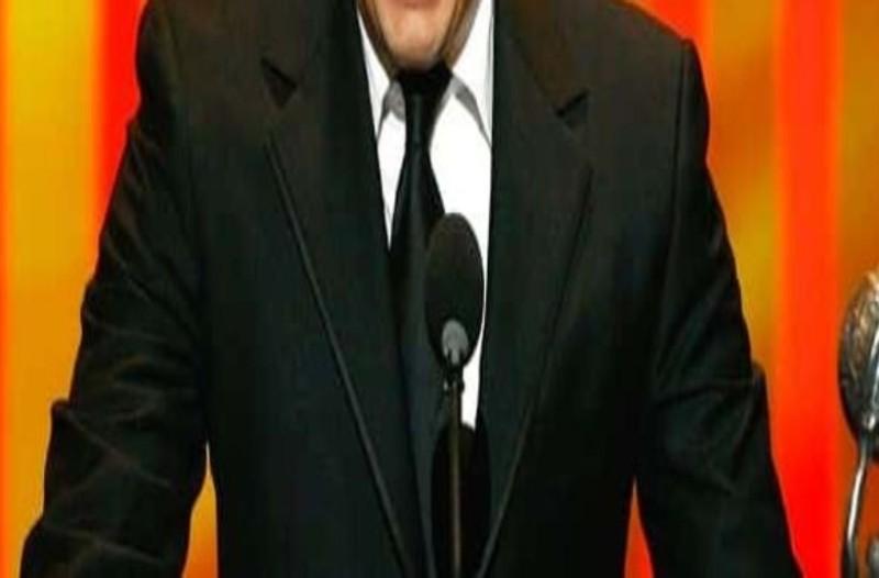 Σοκ: Αυτοκτόνησε γνωστός τηλεοπτικός και κινηματογραφικός σκηνοθέτης και συγγραφέας τεράστιας τηλεοπτικής επιτυχίας! (photos)