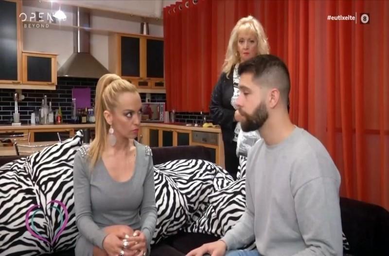 Διλήμματα: Ο Άρης χώρισε την Αγνή και αυτή ανακάλυψε ότι είναι παντρεμένος και η γυναικά του έγκυος!  Να πει για την παράνομη σχέση που είχε ο άντρας της; (Video)