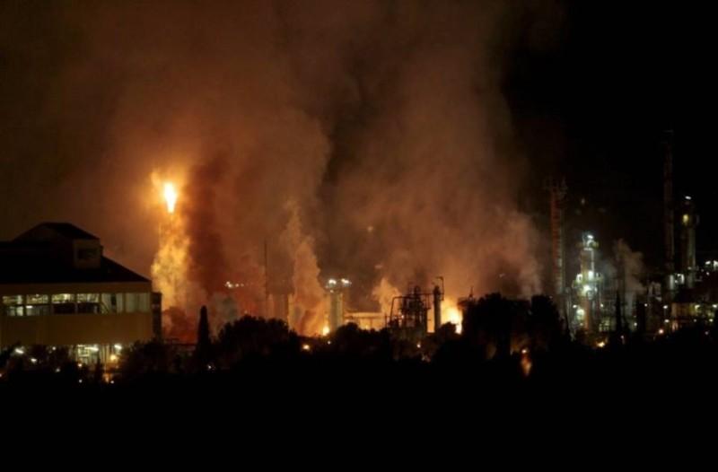 Συναγερμός στην Ισπανία: Μεγάλη έκρηξη σε εργοστάσιο χημικών! (Video)