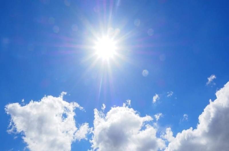 Καιρός: Άκρως καλοκαιρινός σήμερα...άγγιξε τους 17 βαθμούς ο υδράργυρος! Συνεχίζει και αύριο;
