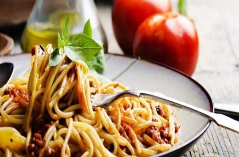 Έχει τρελάνει τους διαιτολόγους: Η δίαιτα των μακαρονιών σου υπόσχεται ότι θα χάσεις 5 κιλά σε μια εβδομάδα!