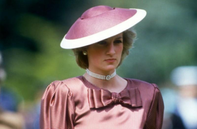 Πριγκίπισσα Νταϊάνα: Κυκλοφόρησαν απαγορευμένες φωτογραφίες που προκαλούν