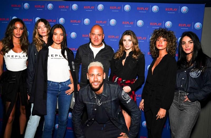 Η συνεργασία της Replay με την Νο 1 ποδοσφαιρική ομάδα της Γαλλίας, PSG