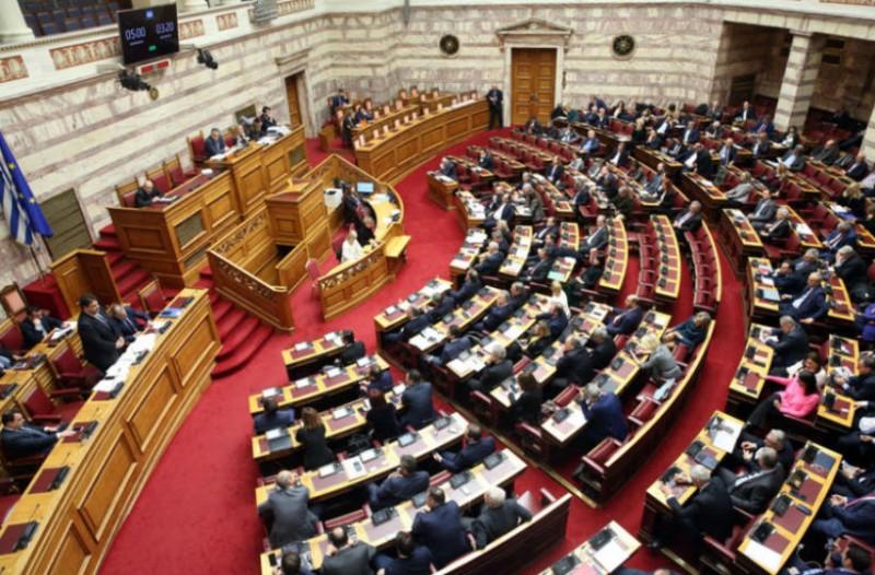 Εγκρίθηκε ο νέος εκλογικός νόμος με 163