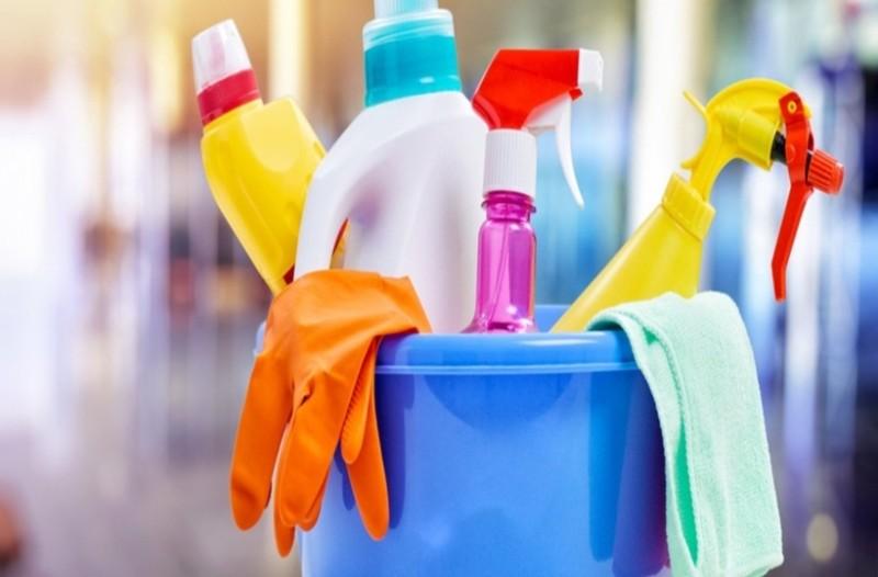 Το καθαριστικό που είναι πιο ισχυρό και από τη χλωρίνη! Δείτε πως να το φτιάξετε!