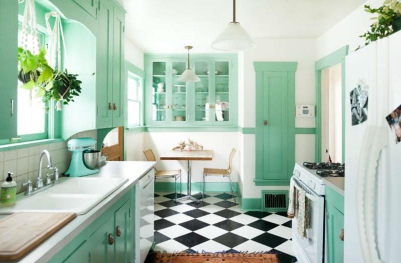 7+1 ευφυέστατοι και ανέξοδοι τρόποι για να βάλετε χρώμα στην κουζίνα σας!