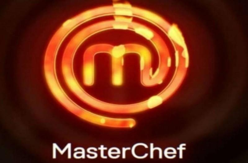 Έσκασε εγκυμοσύνη στο Master Chef 4! Μόλις το ανακοίνωσε