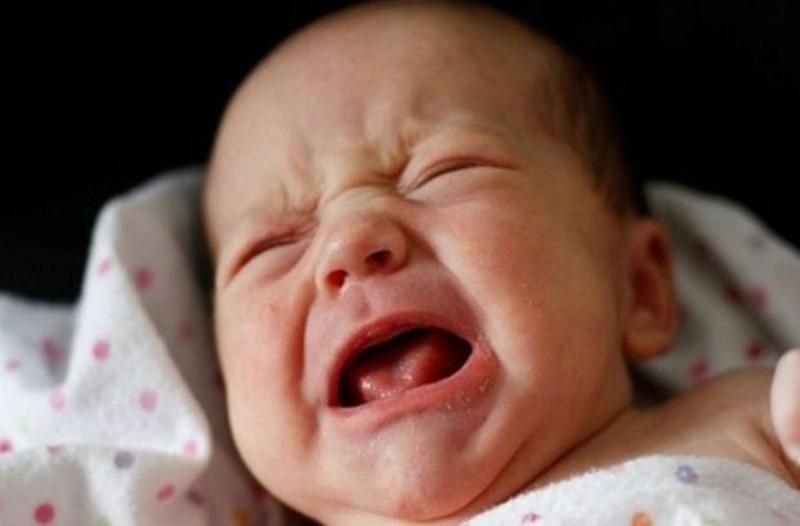 Το συγκλονιστικό θαύμα της Παναγίας: Έκανε ένα μωρό να μην κλάψει για δυο χρόνια... Μόλις δείτε το λόγο θα αντριχιάσετε!