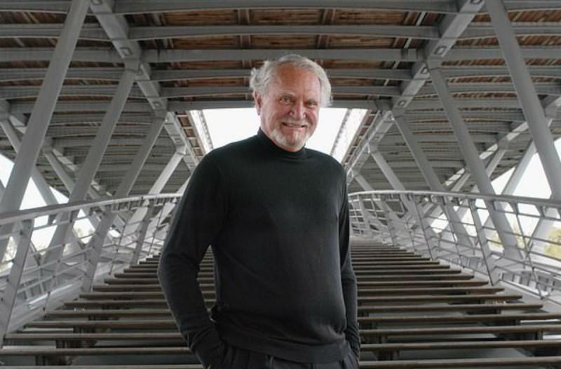Πέθανε ο συγγραφέας Κλάιν Κλάσλερ