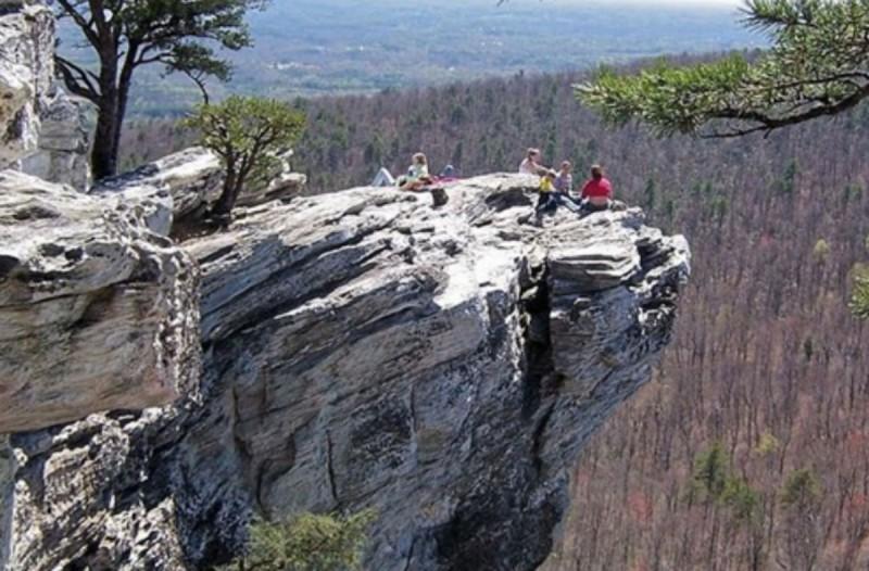 22χρονος έπεσε από ύψος 58 μέτρων! Φρικτός θάνατος!