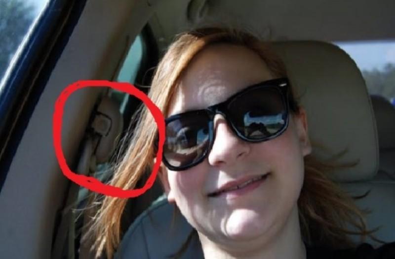 13χρονη έφηβη έστειλε μια selfie στην μαμά της για της δείξει ότι είναι καλά...Αυτό που είδε στο πίσω κάθισμα την τρόμαξε!