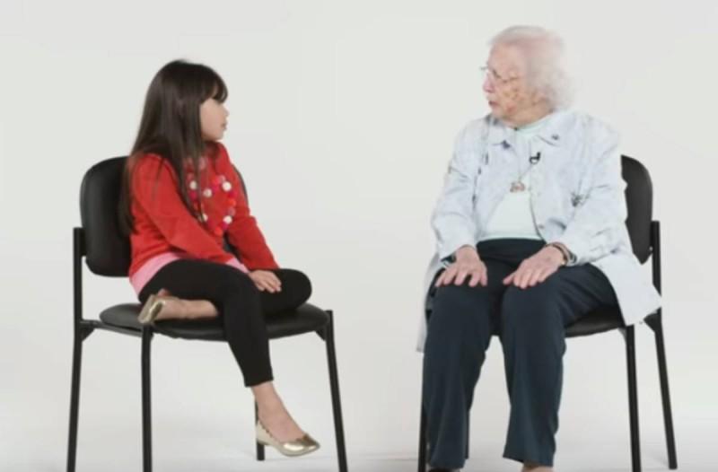 Τι συνέβη όταν μικρά παιδάκια συζήτησαν με μία γιαγιά 101 ετών; (video)