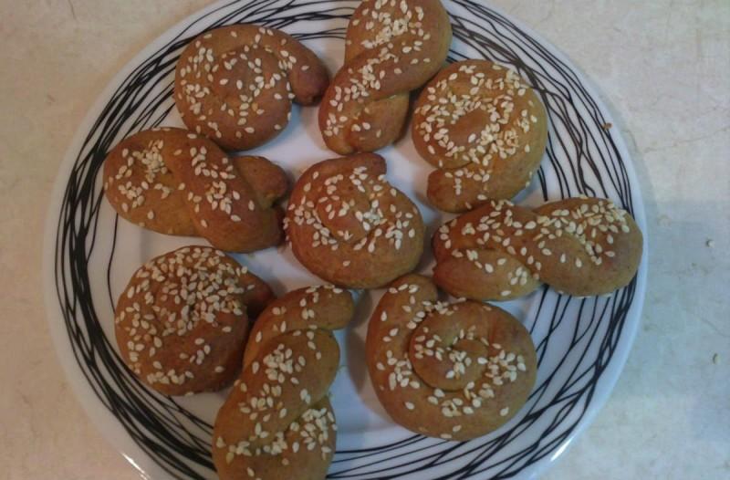 Φτιάξτε κουλουράκια με πορτοκάλι και κανέλα - Είναι πολύ υγιεινά