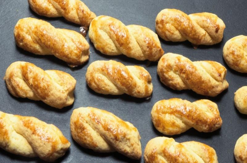 Κουλουράκια πορτοκαλιού: Νηστίστιμη συνταγή για τραγανά και μοσχοβολιστά κουλουράκια που θα γίνουν ανάρπαστα