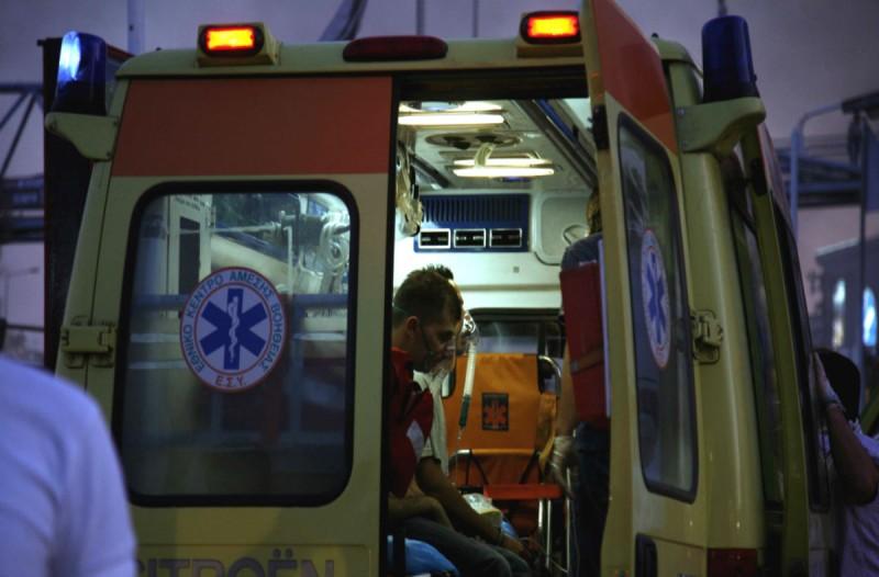 Συναγερμός στο Διόνυσο: Άγρια συμπλοκή μέσα σε λεωφορείο!