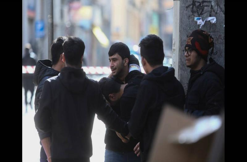 Απίστευτο! Σε «πόλεμο» Αφγανών και Πακιστανών για τα λαθραία τσιγάρα οφείλεται το μακελειό στο κέντρο της Αθήνας! (video+photos)