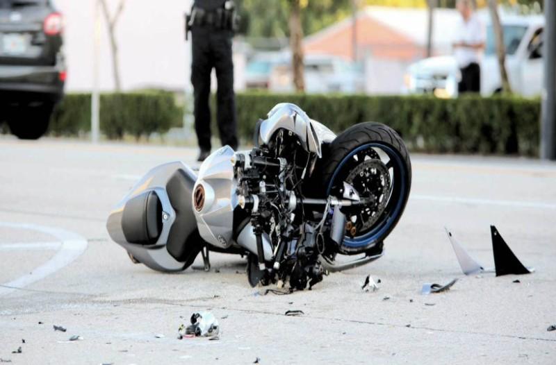 Τραγωδία στα Χανιά! Οδηγός μηχανής σκοτώθηκε επειδή έπεσε πάνω σε κολώνα!