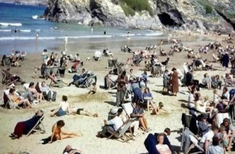 Προφητική φωτογραφία από το 1943 που ανατριχιάζει...Όταν δείτε τι κάνει ο άνδρας θα