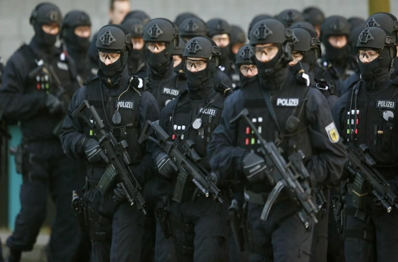 Γερμανία: «Ντου» και συλλήψεις σε 12 τρομοκράτες! Αυτό ήταν το σχέδιό τους!
